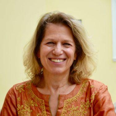 Miriam Lowi